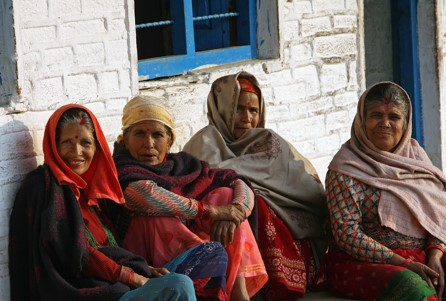 Women at community meeting. Photo credit:The World Bank / Simone D. McCourtie